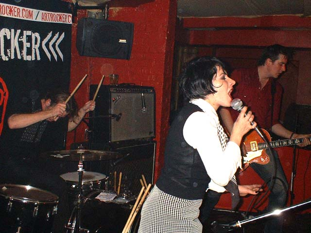 The Gin Palace 04 March '03 - Pic by Percy